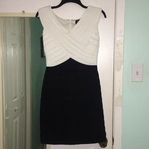 Black and white Adrianna Papell Dress. Size 8P.
